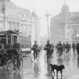Un ciclist german pe Calea Victoriei