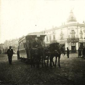 Colț de stradă din București