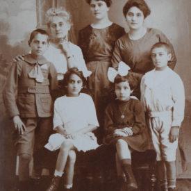 Carte poștală către Familia Iancu
