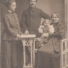 Fotografie de familie după Marele Război