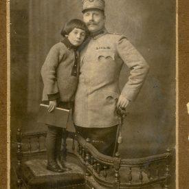 Eugen Creangă alături de unchiul său
